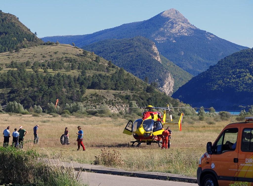 2013-09-24-St.Andre-helikopter på landing-1200-foto Frode Halse
